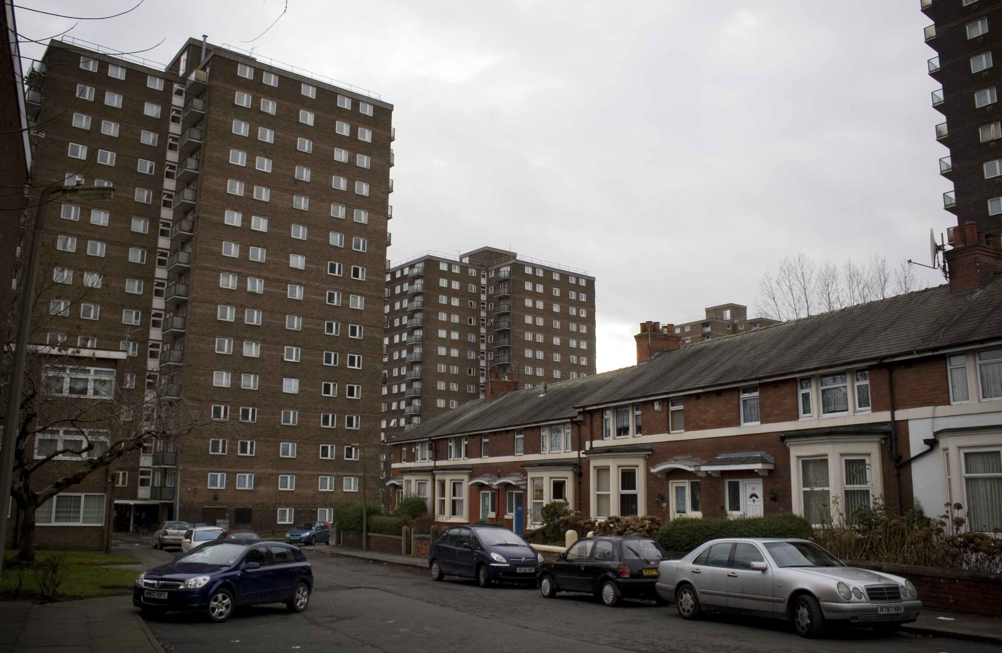Terraced_housing_and_tower_blocks_eccles_greater_manchester.png?profile=RESIZE_710x