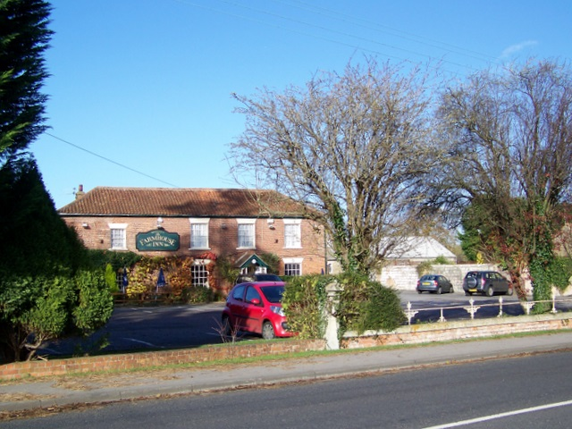 The Farmhouse Inn, Southwick - geograph.org.uk - 1587418