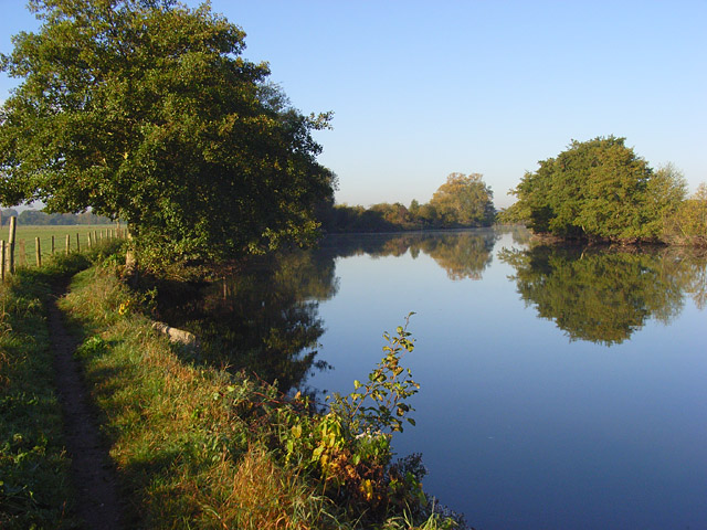 The River Thames, Charvil - geograph.org.uk - 578506