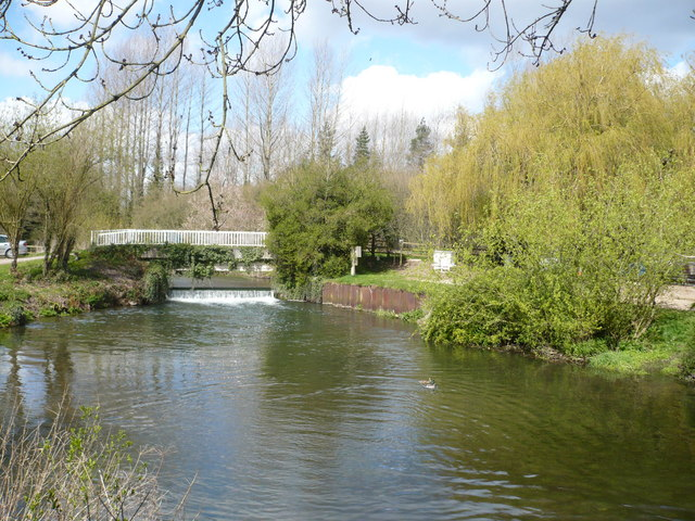 The footbridge leading to the watermill at Chilham lake - geograph.org.uk - 760302