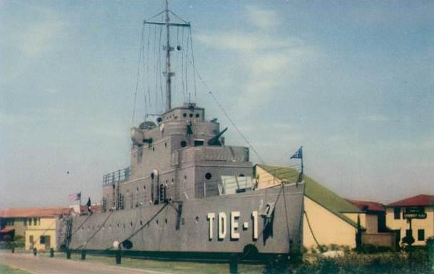 USS Recuit Older