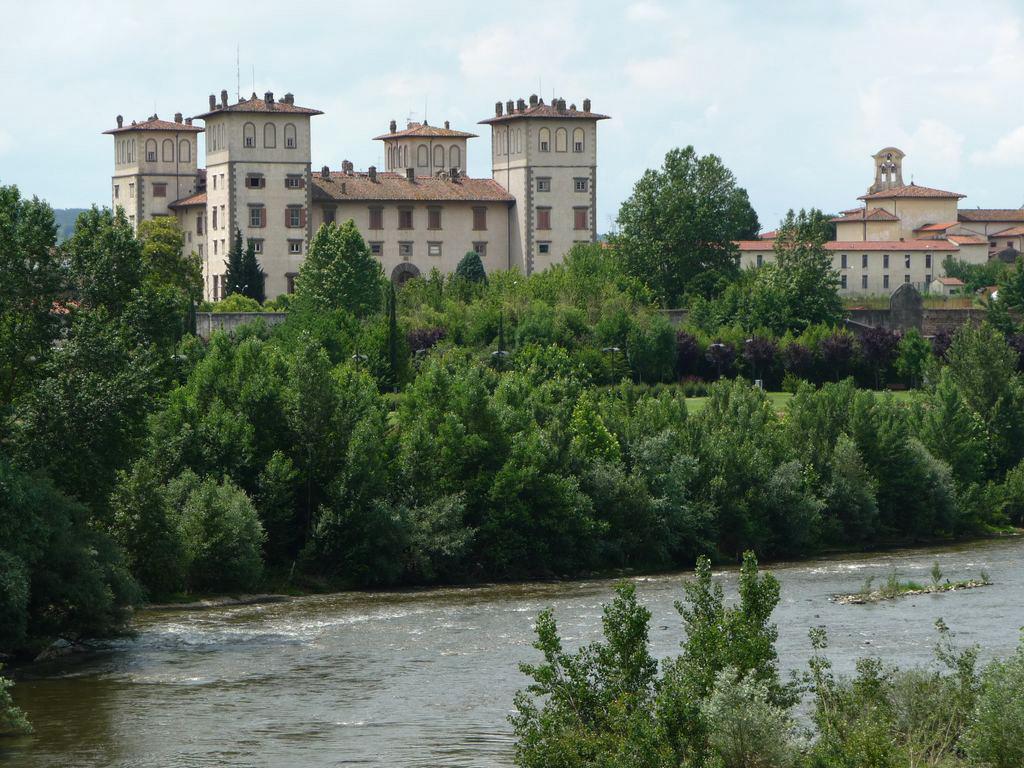 Villa medicea dell 39 ambrogiana wikipedia for Disegni di ville