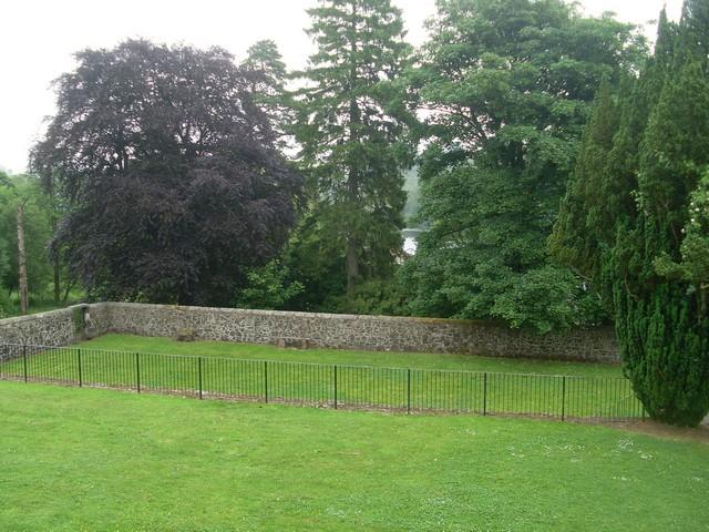 Walled garden, Mugdock Country Park - geograph.org.uk - 1375853