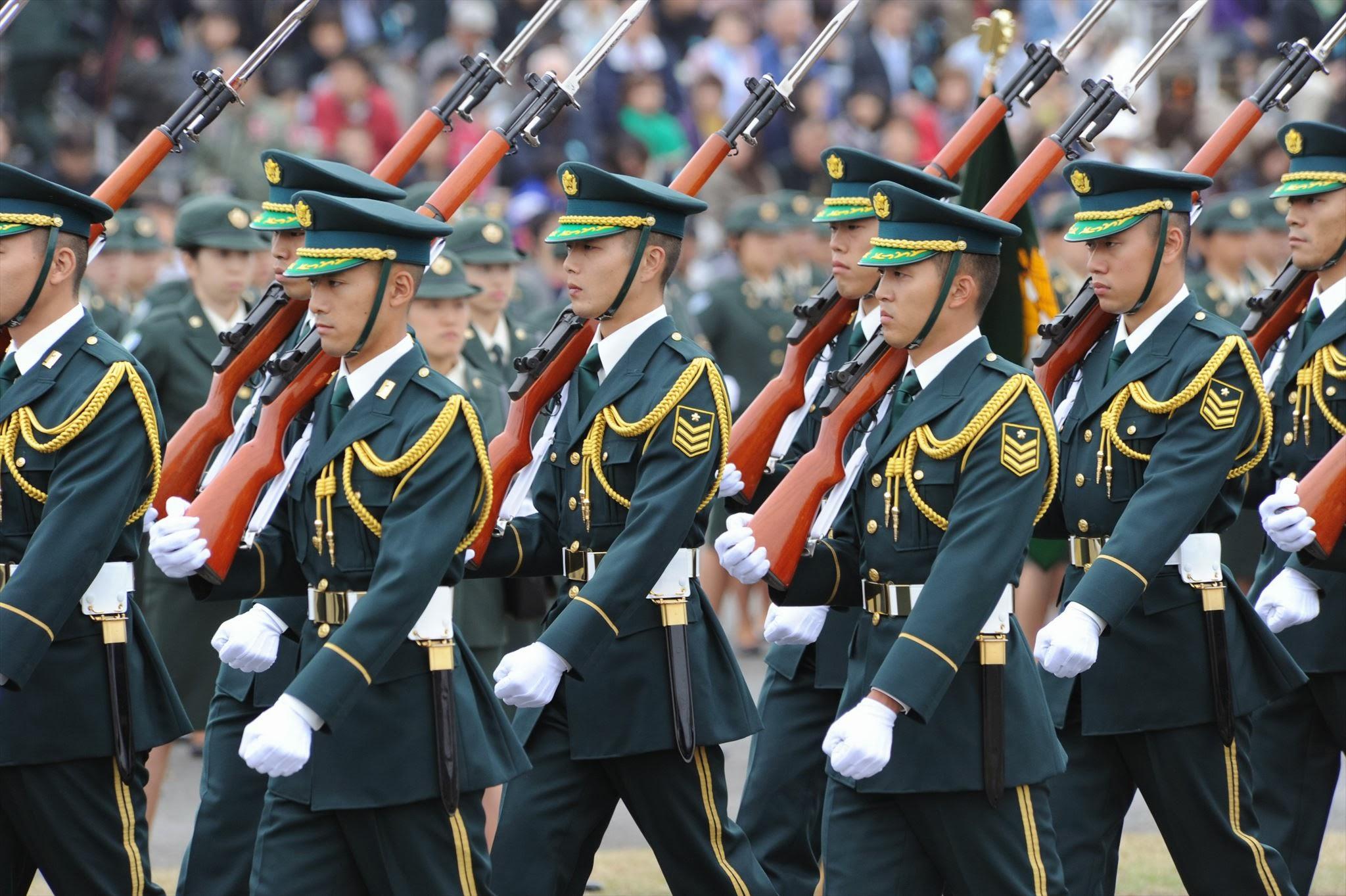ファイル:05 006 R 自衛隊記念日 観閲式(Parade of Self-Defense Force) 45 ...