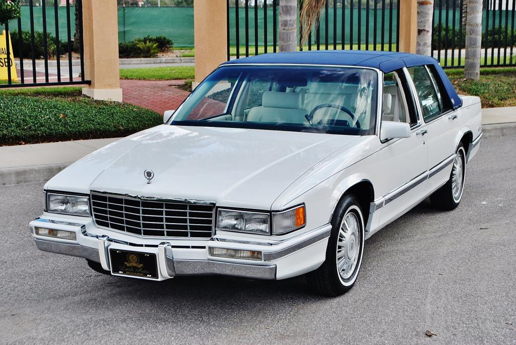 File:1993 Cadillac Sedan Deville (02).jpg - Wikimedia Commons