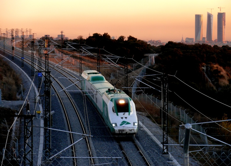 Madrid–León high-speed rail line - Wikipedia