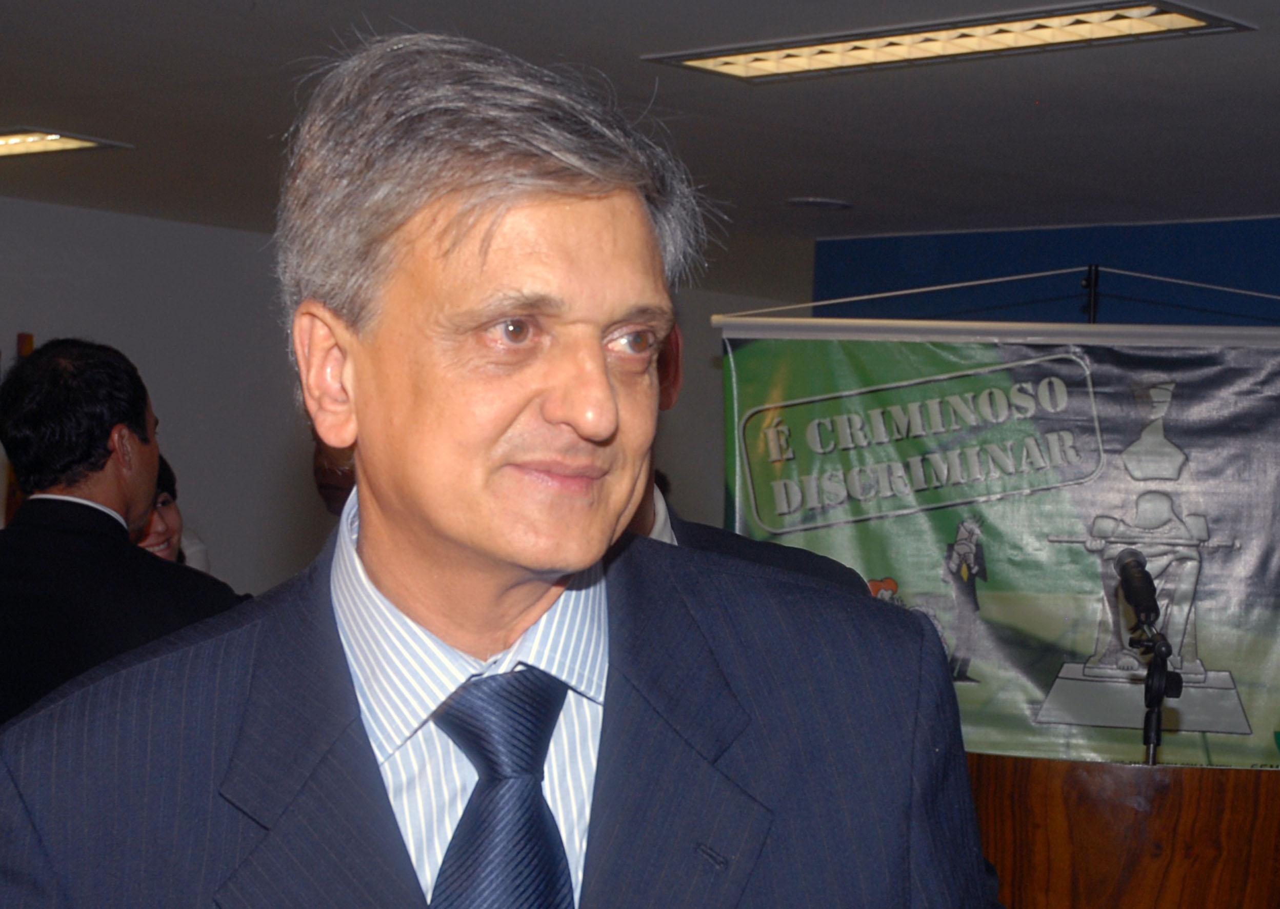 Veja o que saiu no Migalhas sobre Antonio Fernando de Souza