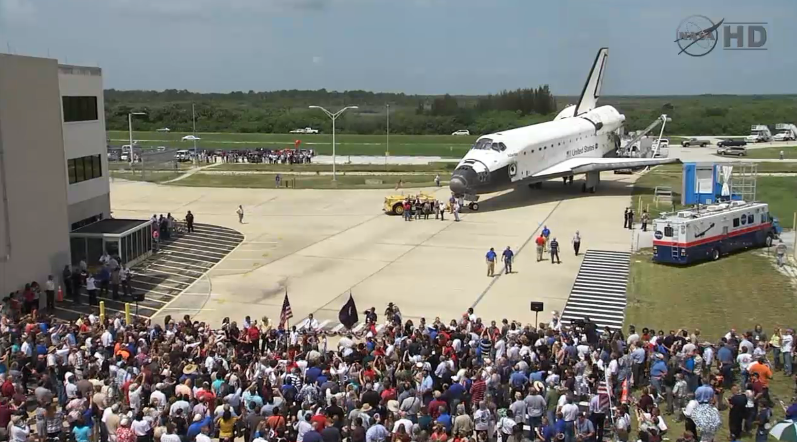 when did the space shuttle program retired - photo #4