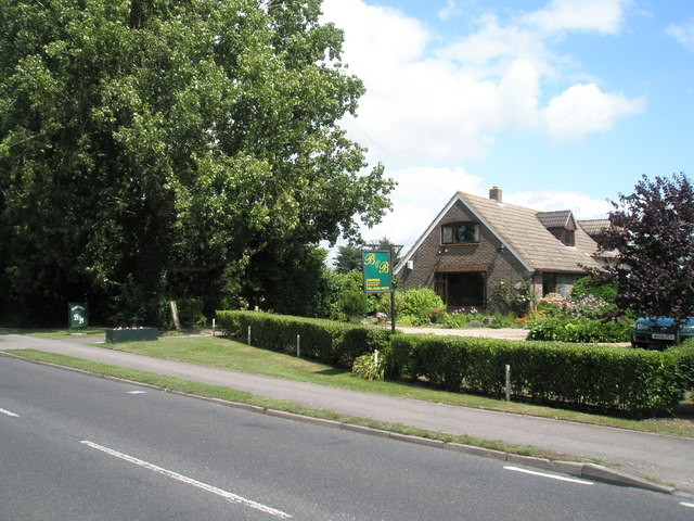 File:Bed and Breakfast in Havant Road - geograph.org.uk - 1421222.jpg