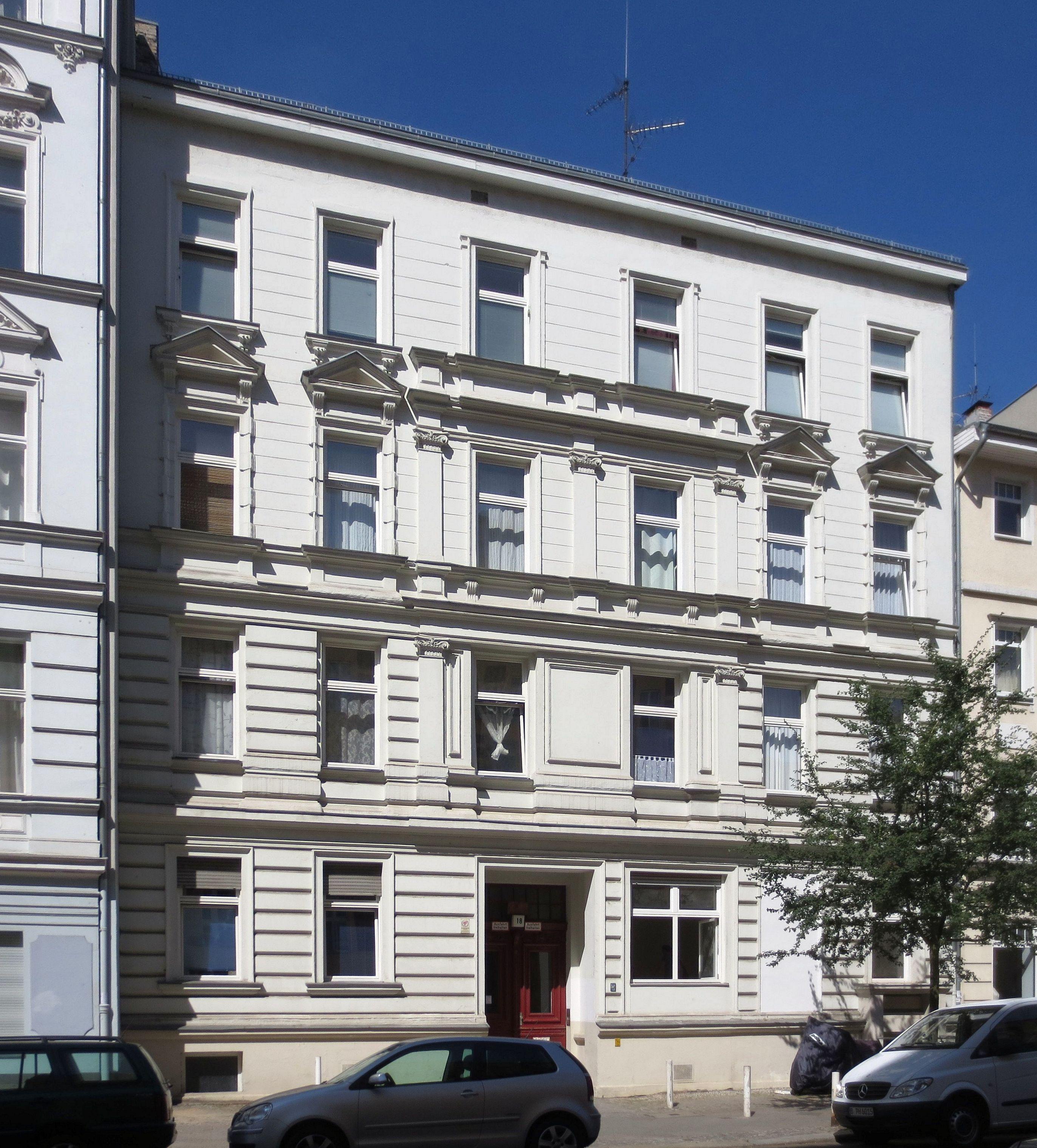 file berlin schoeneberg leberstrasse 18 wikimedia commons. Black Bedroom Furniture Sets. Home Design Ideas