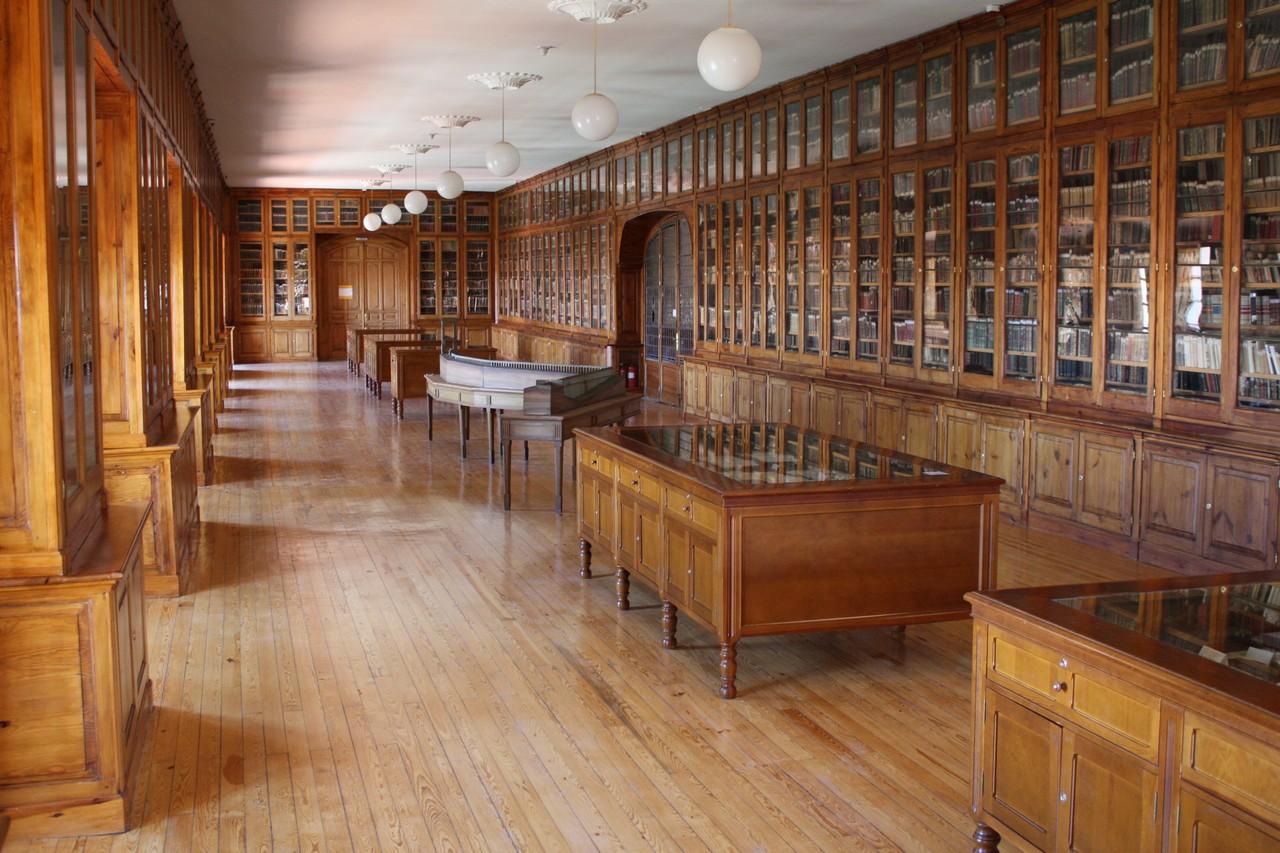 File biblioteca de la academia de artilleria de segovia 2 - Biblioteca publica de segovia ...