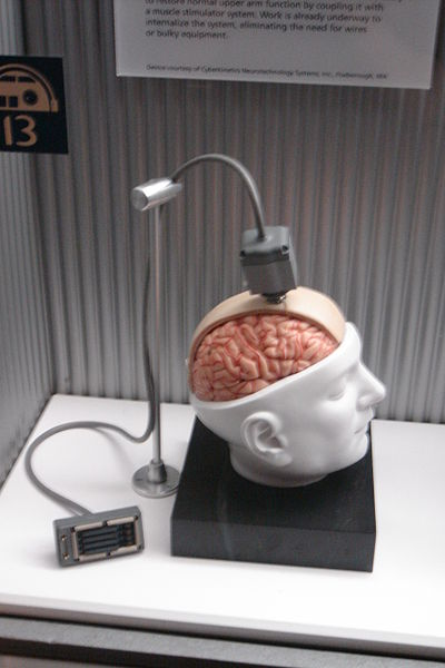 File:Brain-Computer intrusive.jpg