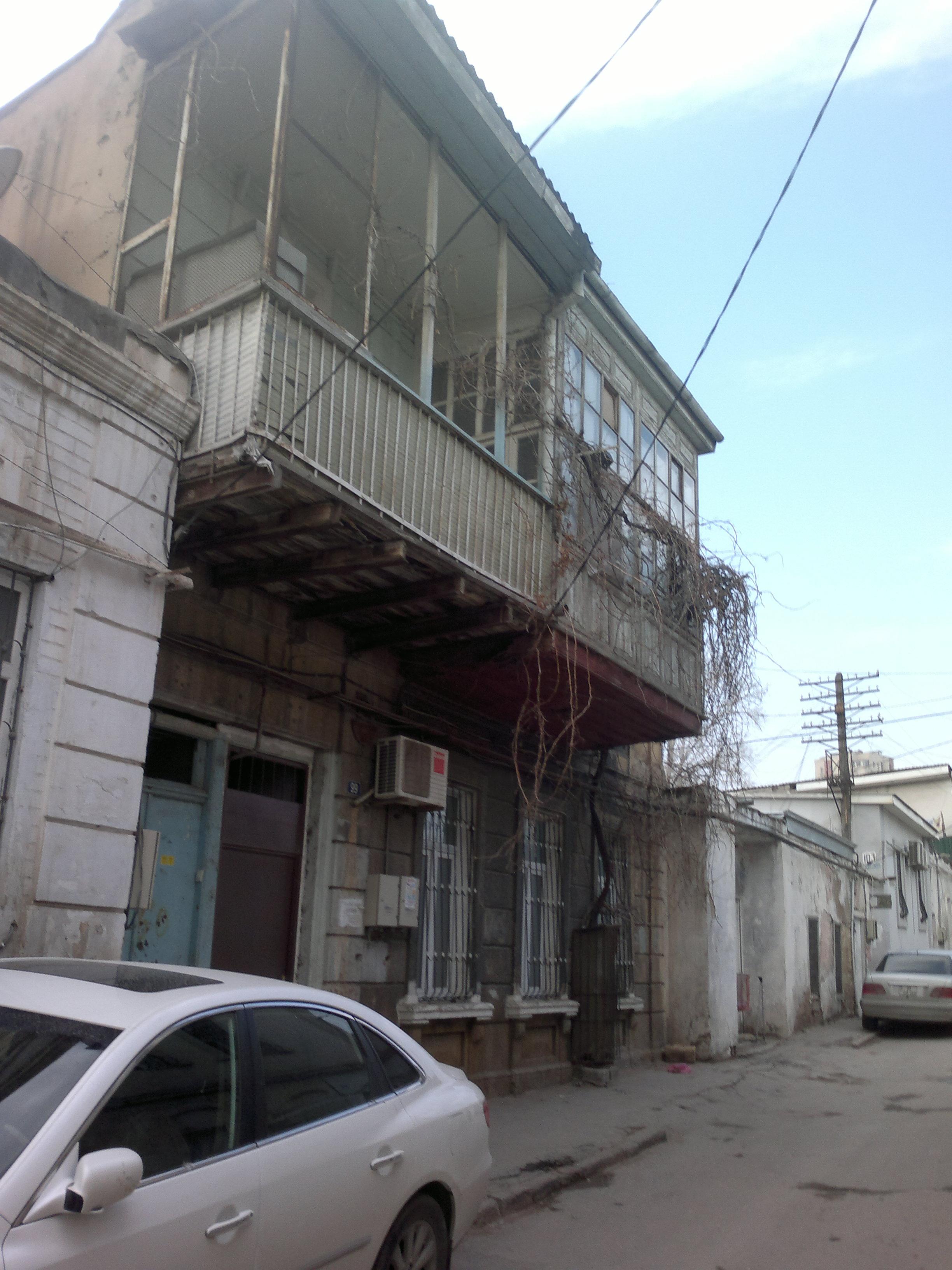 FileBuilding On Nabat Ashurbeyova Street 99