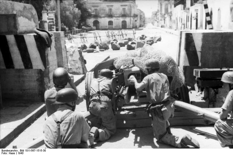 German 50 Mm Anti Tank Gun: File:Bundesarchiv Bild 101I-567-1515-30, Italien