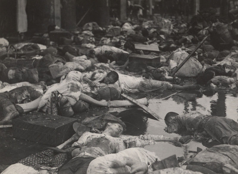 Civilian_victims_of_the_August_14_bombing_near_the_Great_World.jpg