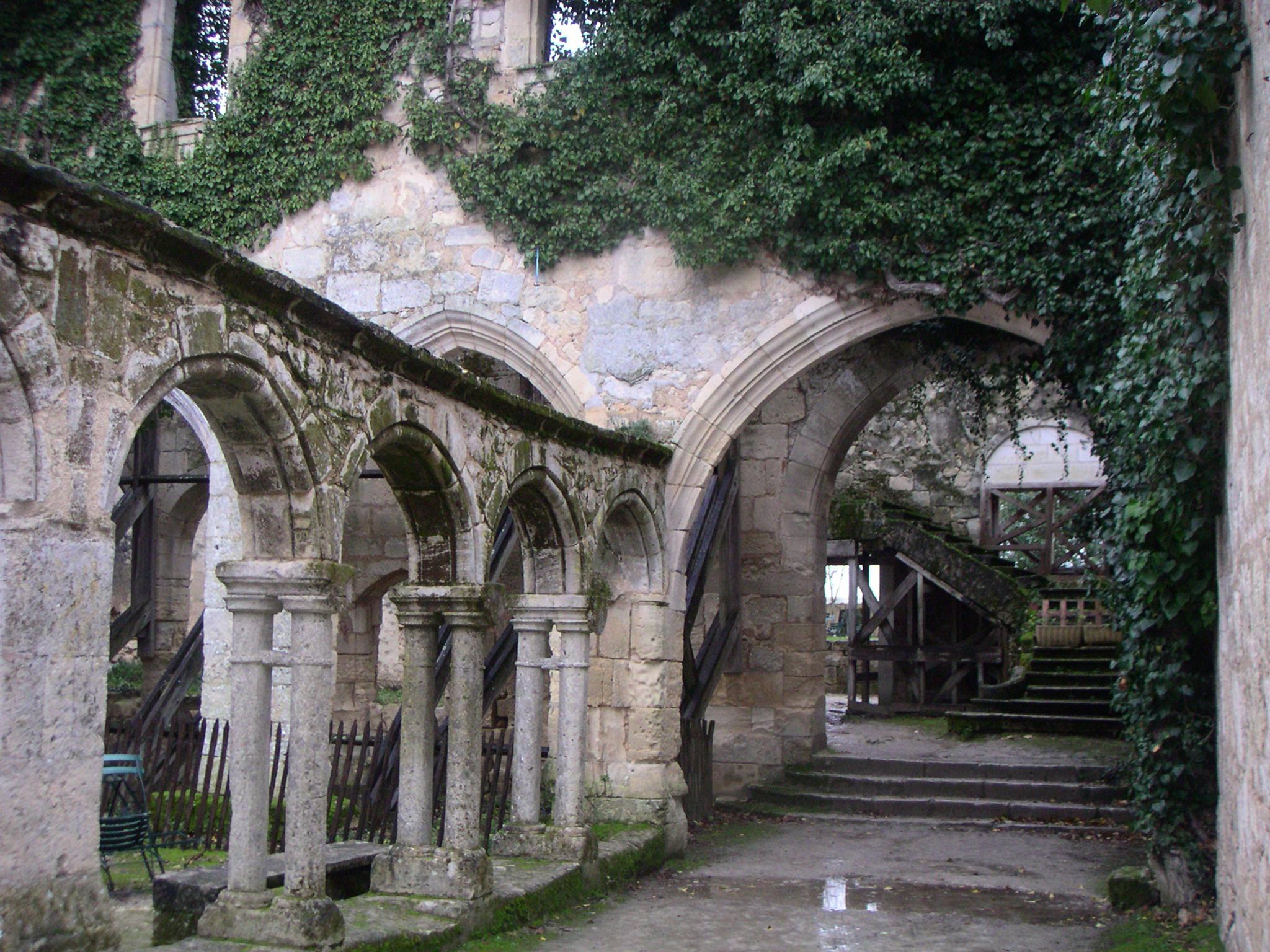Najlepša sela na svetu Cloitre_cordeliers_st_emilion01