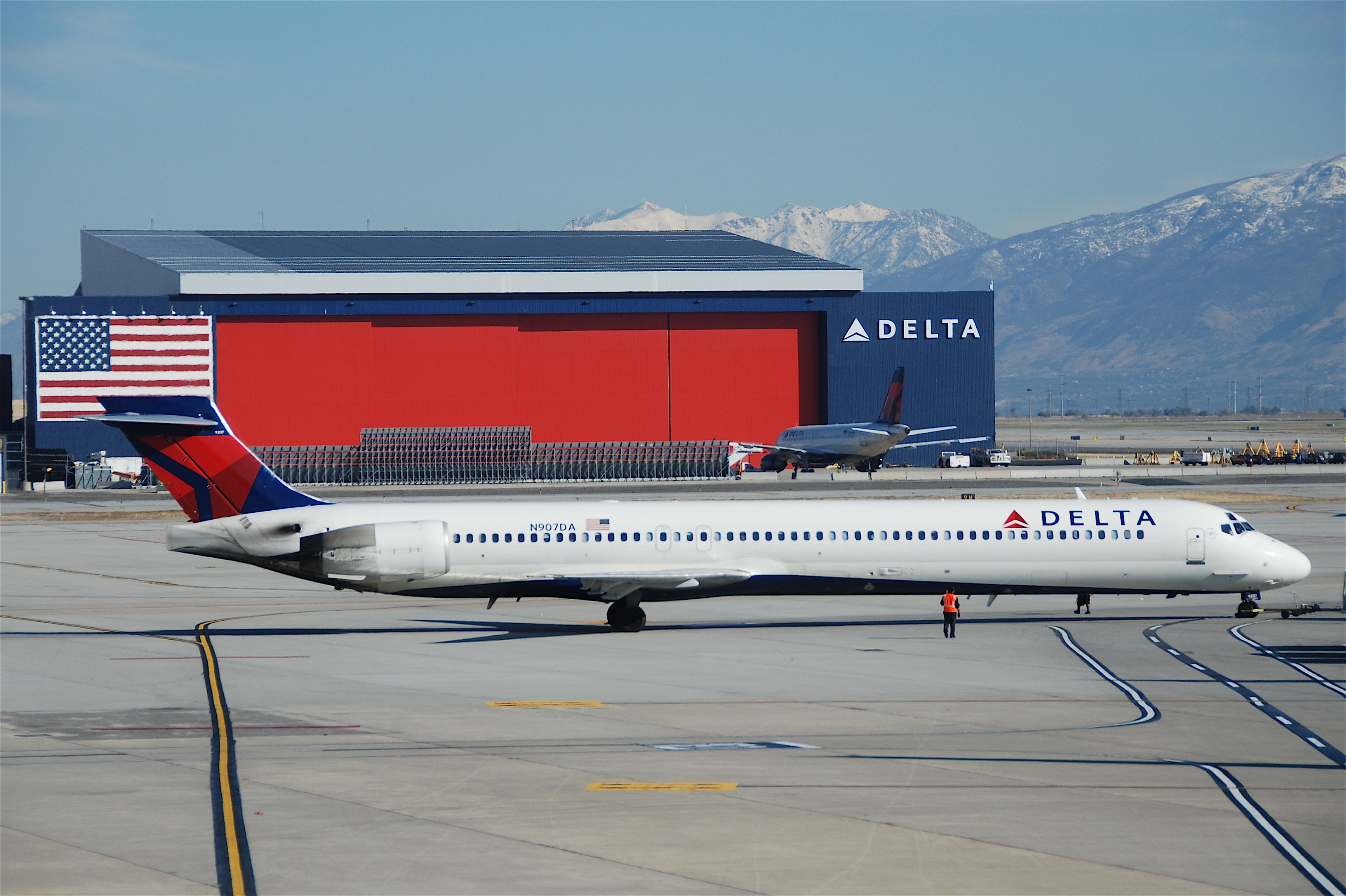 delta airlines Delta air lines announces webcast of march quarter 2018 financial results read more.