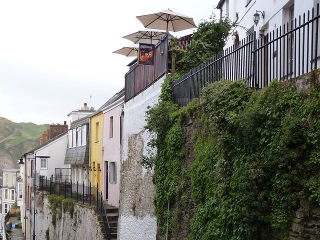 File:Eclectick, No. 26 Waterloo Terrace, Fore Street, Ilfracombe. - geograph.org.uk - 1273128.jpg