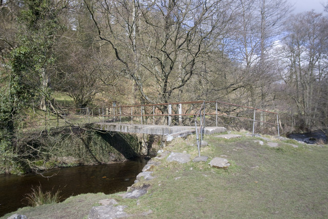 Footbridge over the River Goyt - geograph.org.uk - 746414