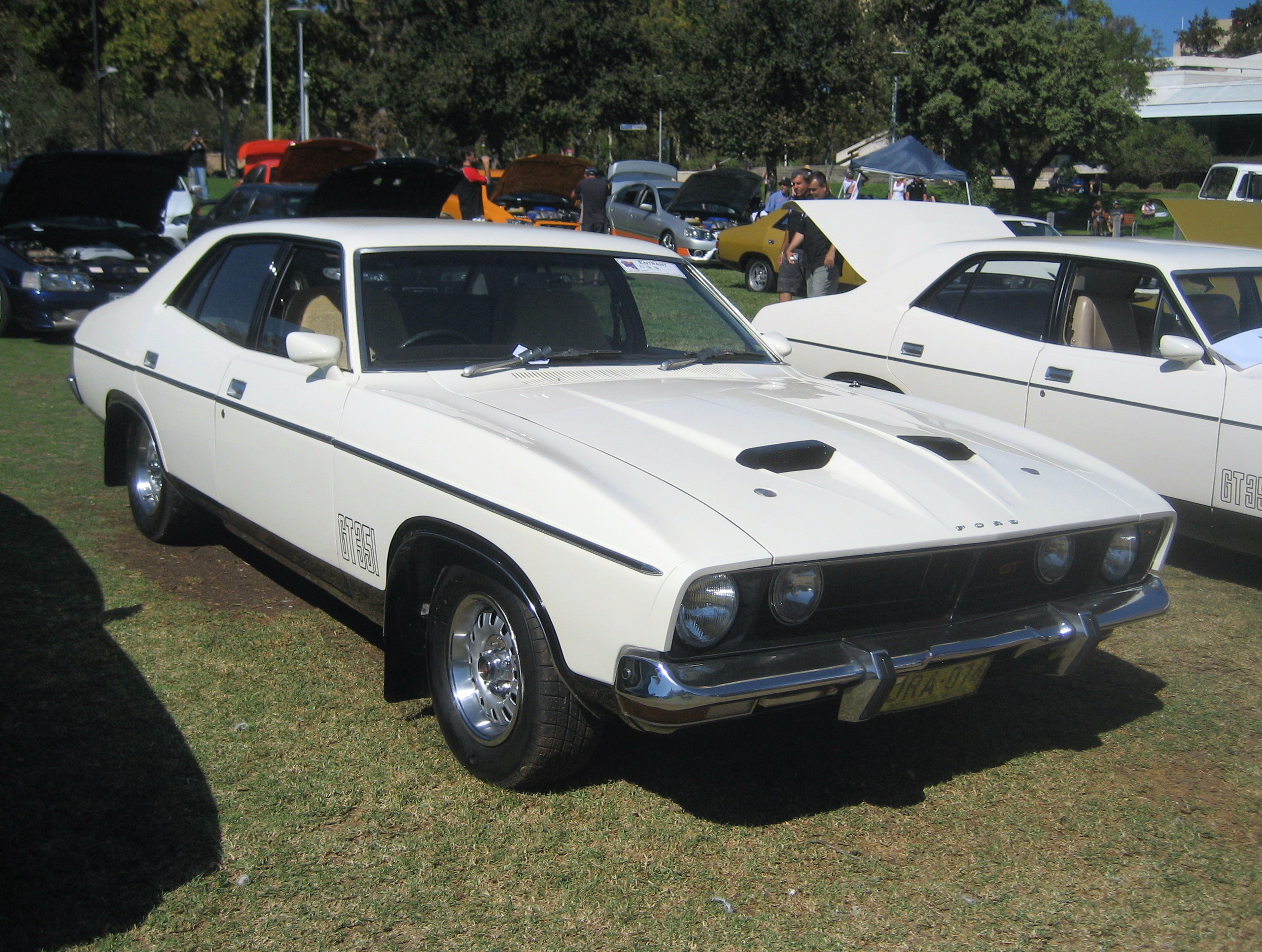 File Ford Falcon XB GT Sedan Polar White on ford falcon xb for sale