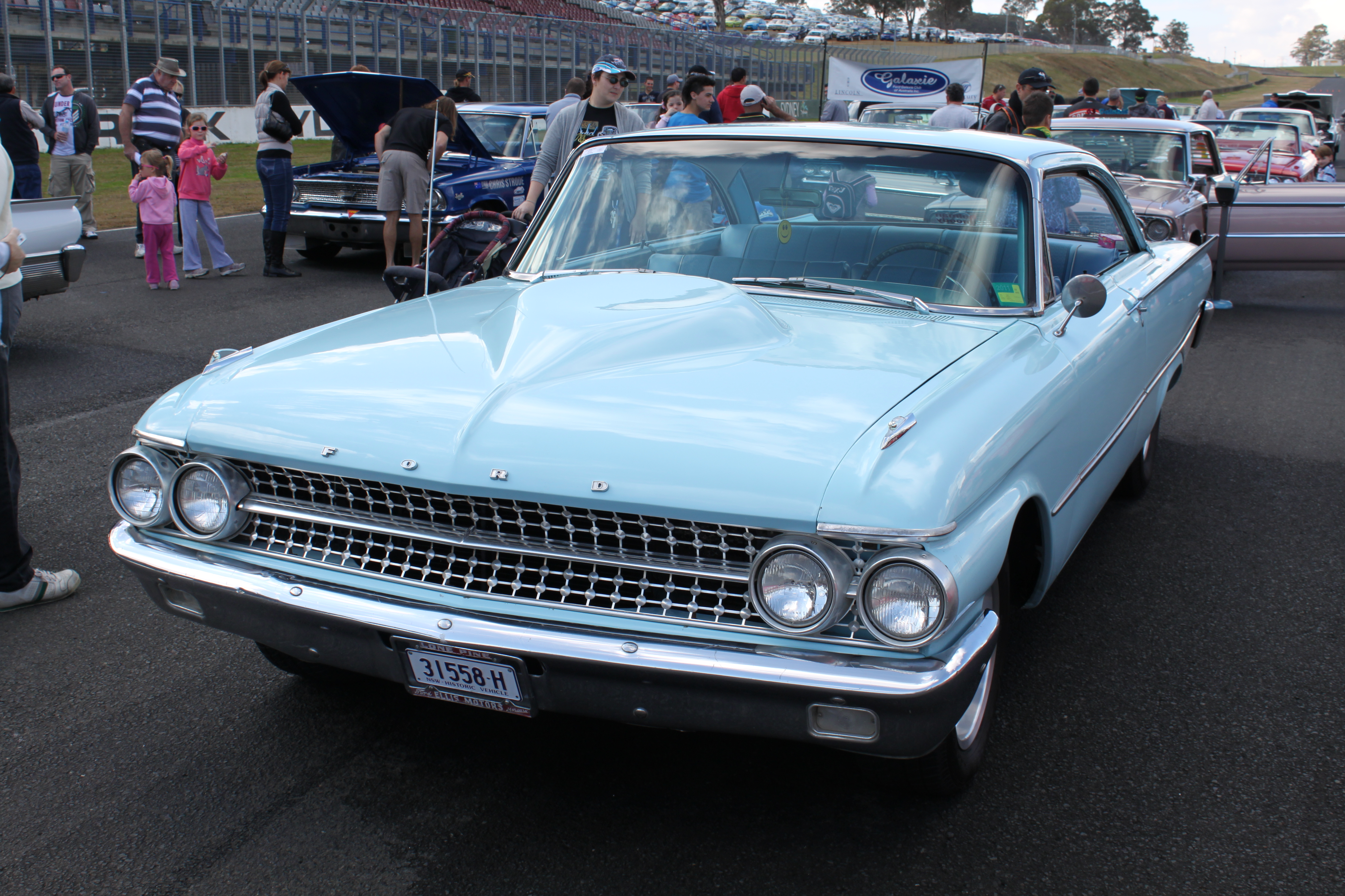 File Ford Galaxie 500 Hurst 15119386073 Jpg Wikimedia Commons