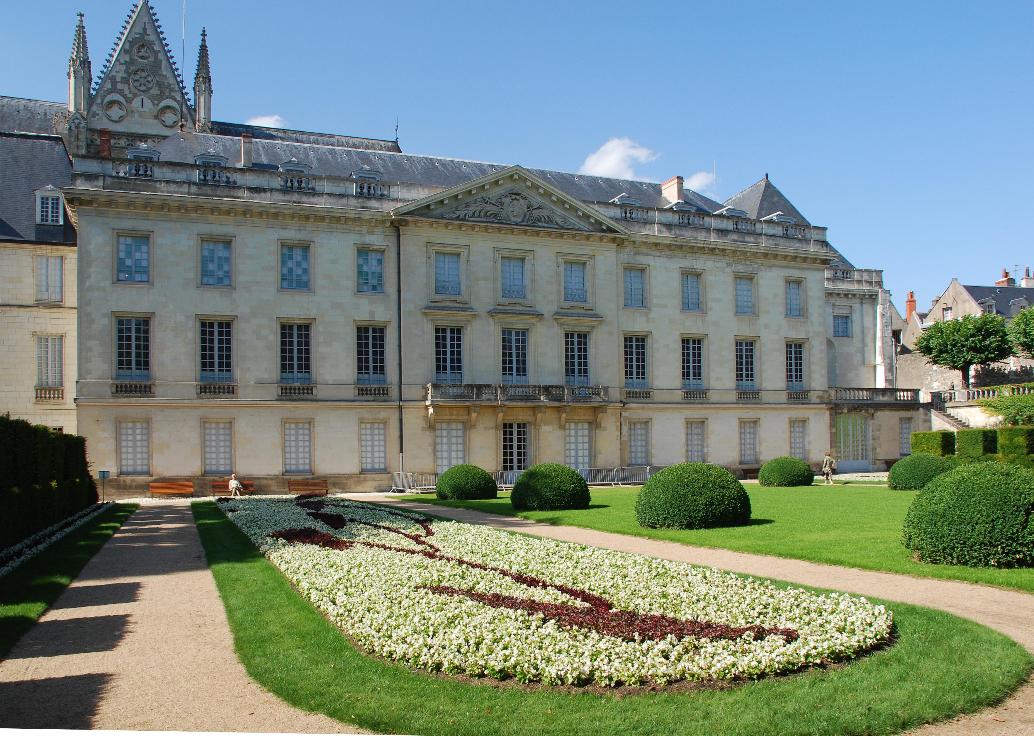 Tours France  city images : Description Garden at Musee des Beaux Arts in Tours, France