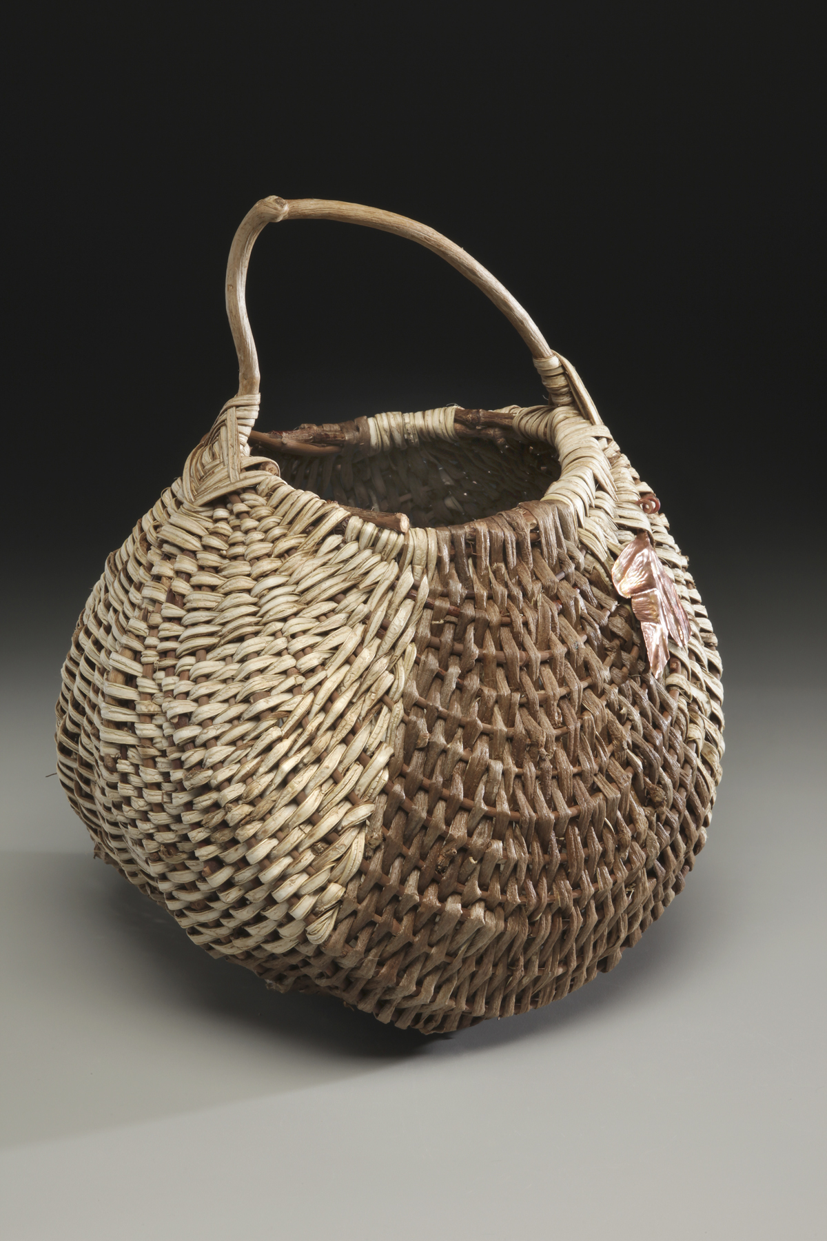 Basket Weaving At Home : File handmade basket kudzu g wikipedia