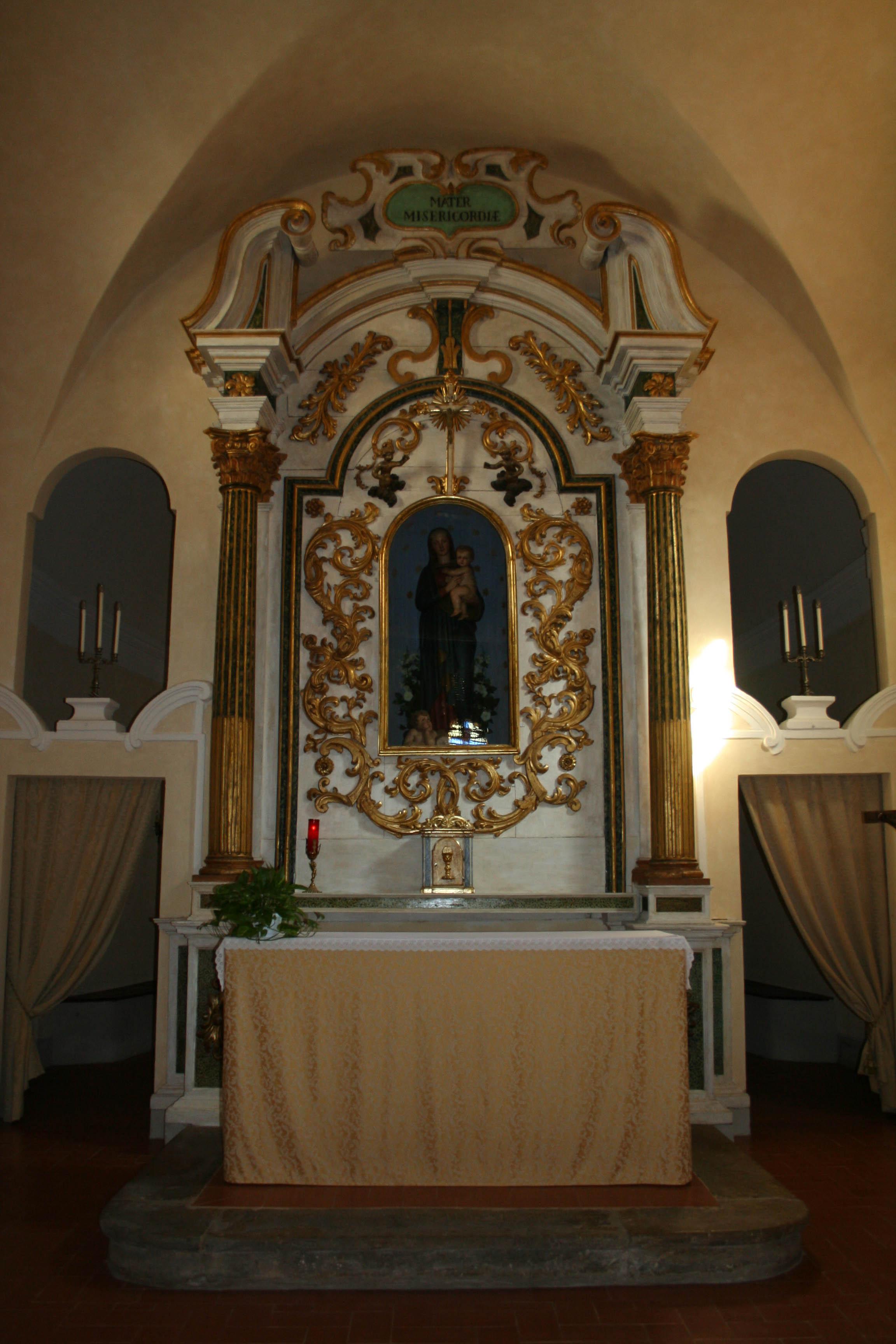 File interno della chiesa di santa maria for Interno chiesa