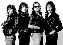 Kamikaze (band) organization