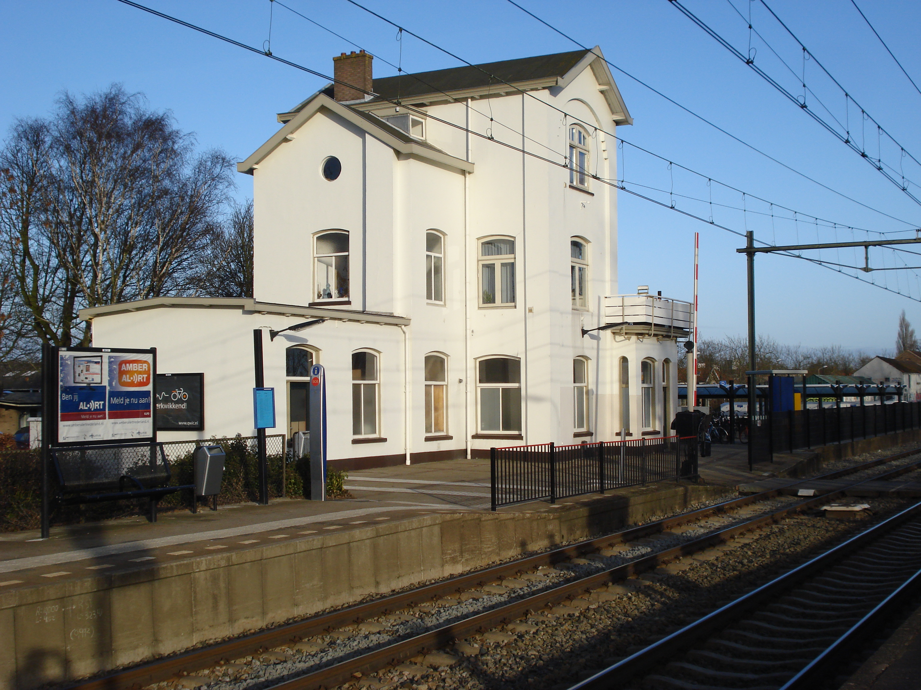 English: Kapelle (Zeeland NL) train station, r...