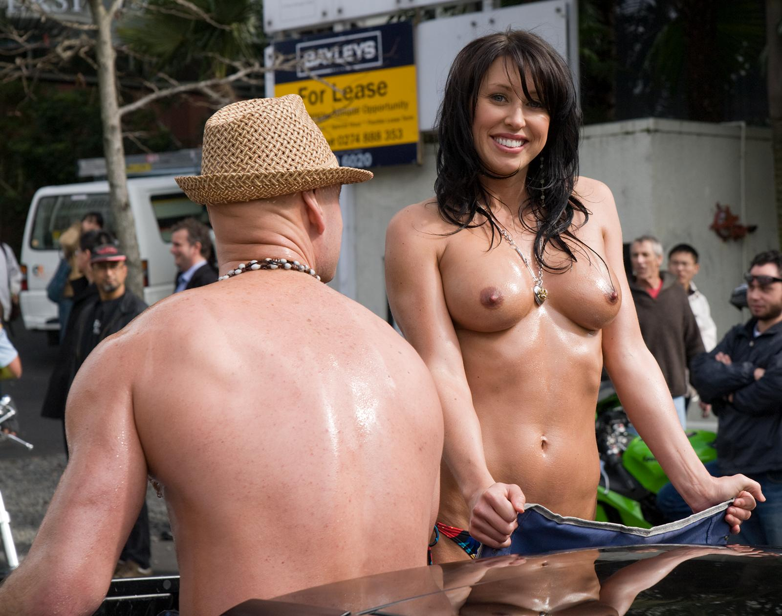 sexy naked cowgirls pics