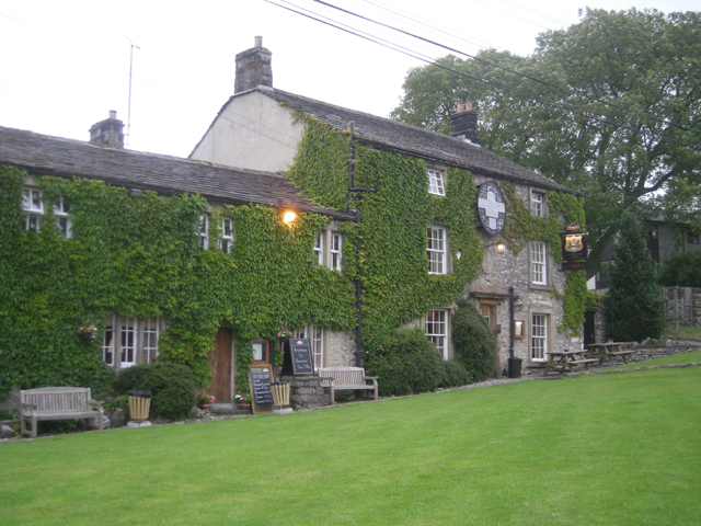 Listers Arms - geograph.org.uk - 858845.jpg