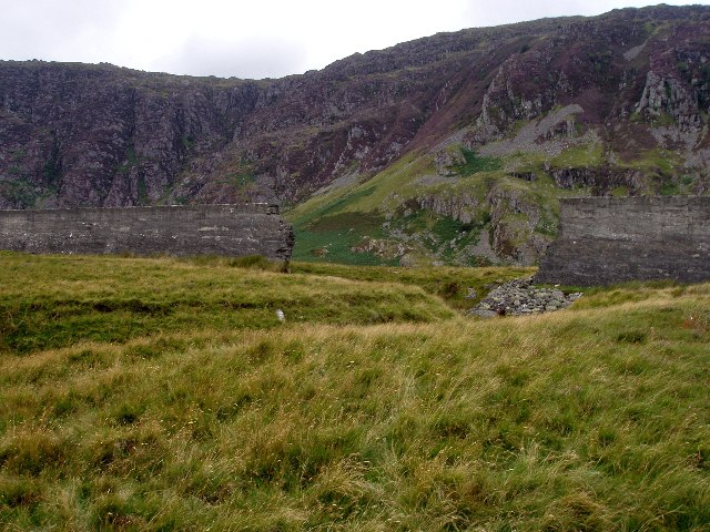 Breached dam of Llyn Eigiau, image Rudi Winter