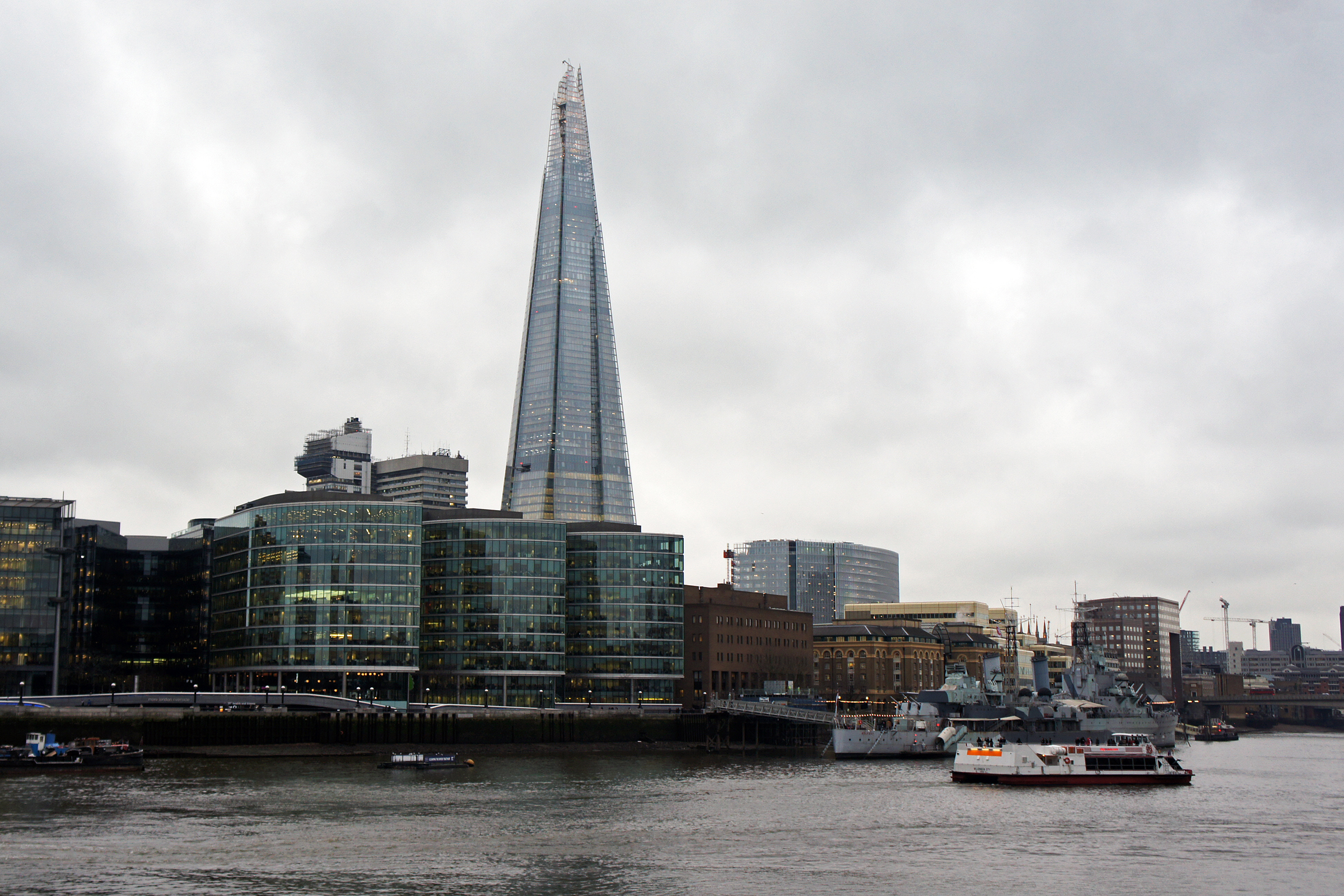 File london 01 2013 the shard 5462 jpg wikimedia commons for Architecture moderne londres