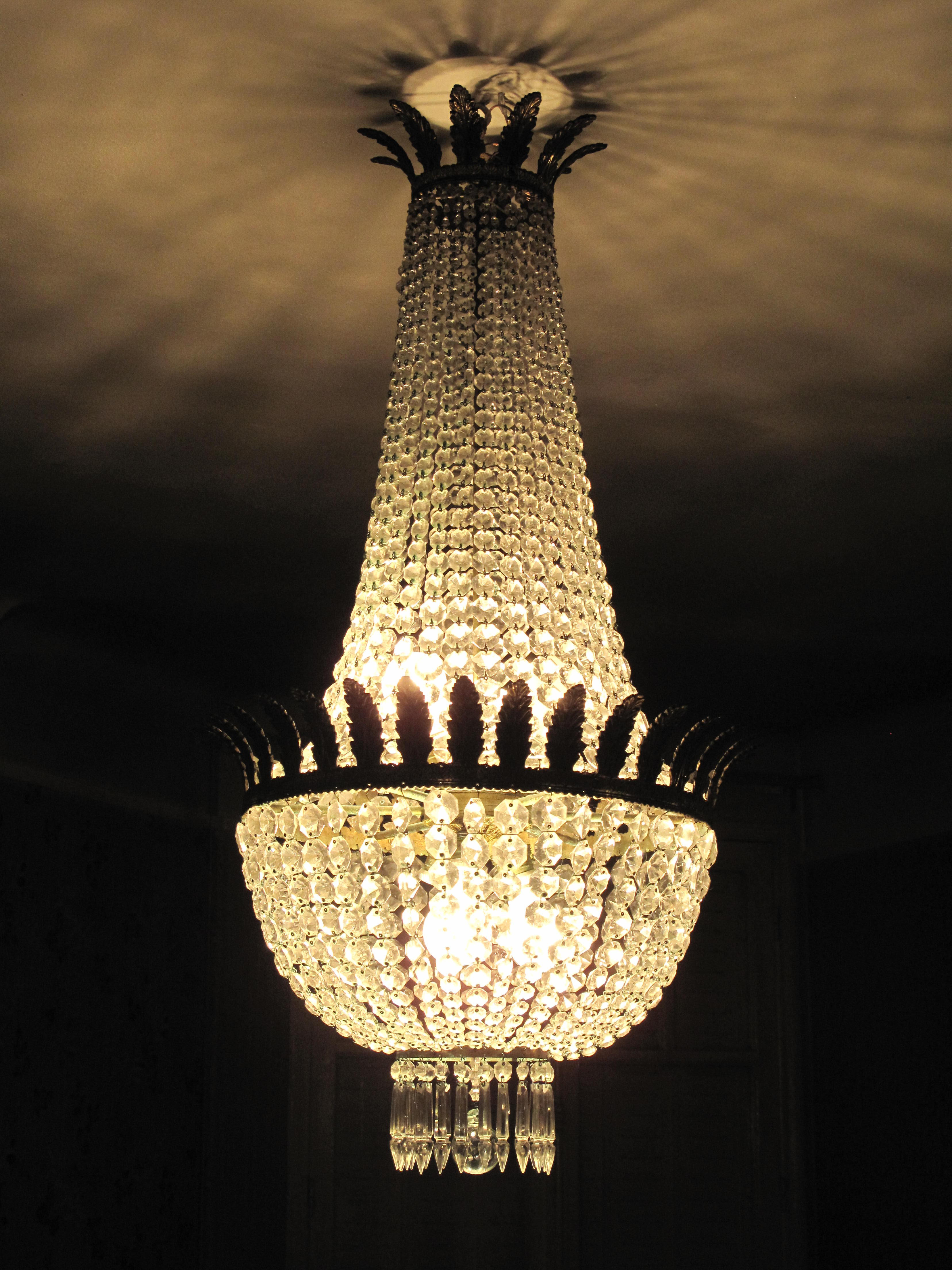 1000 images about lustres on pinterest chandeliers. Black Bedroom Furniture Sets. Home Design Ideas