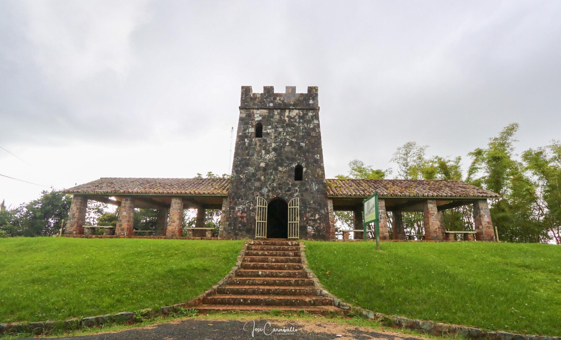 File Maricao Torre De Piedra Jpg Wikimedia Commons