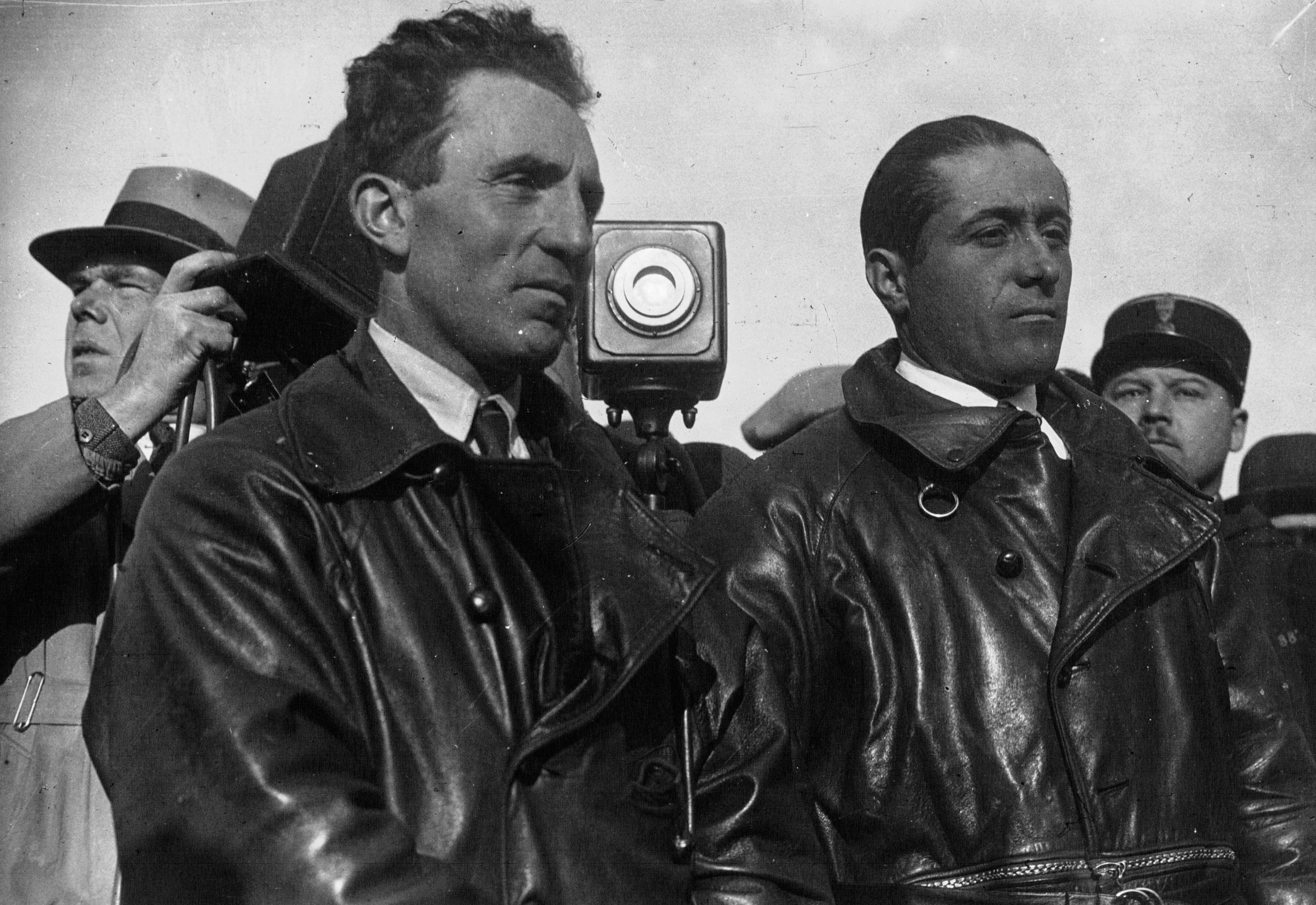 Maurice Bellonte, Dieudonn� Costes, 1929