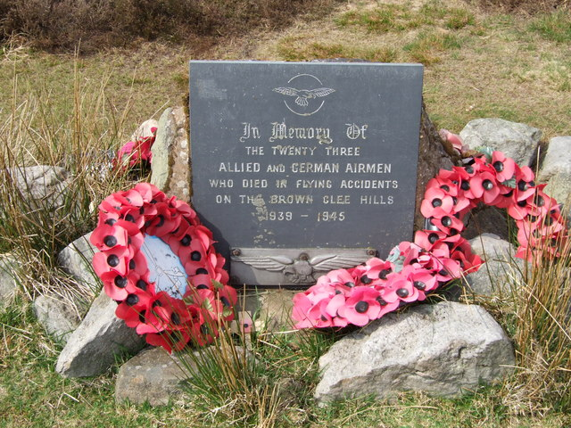 Memorial to airmen who have crashed on the Brown Clee hill - geograph.org.uk - 868732