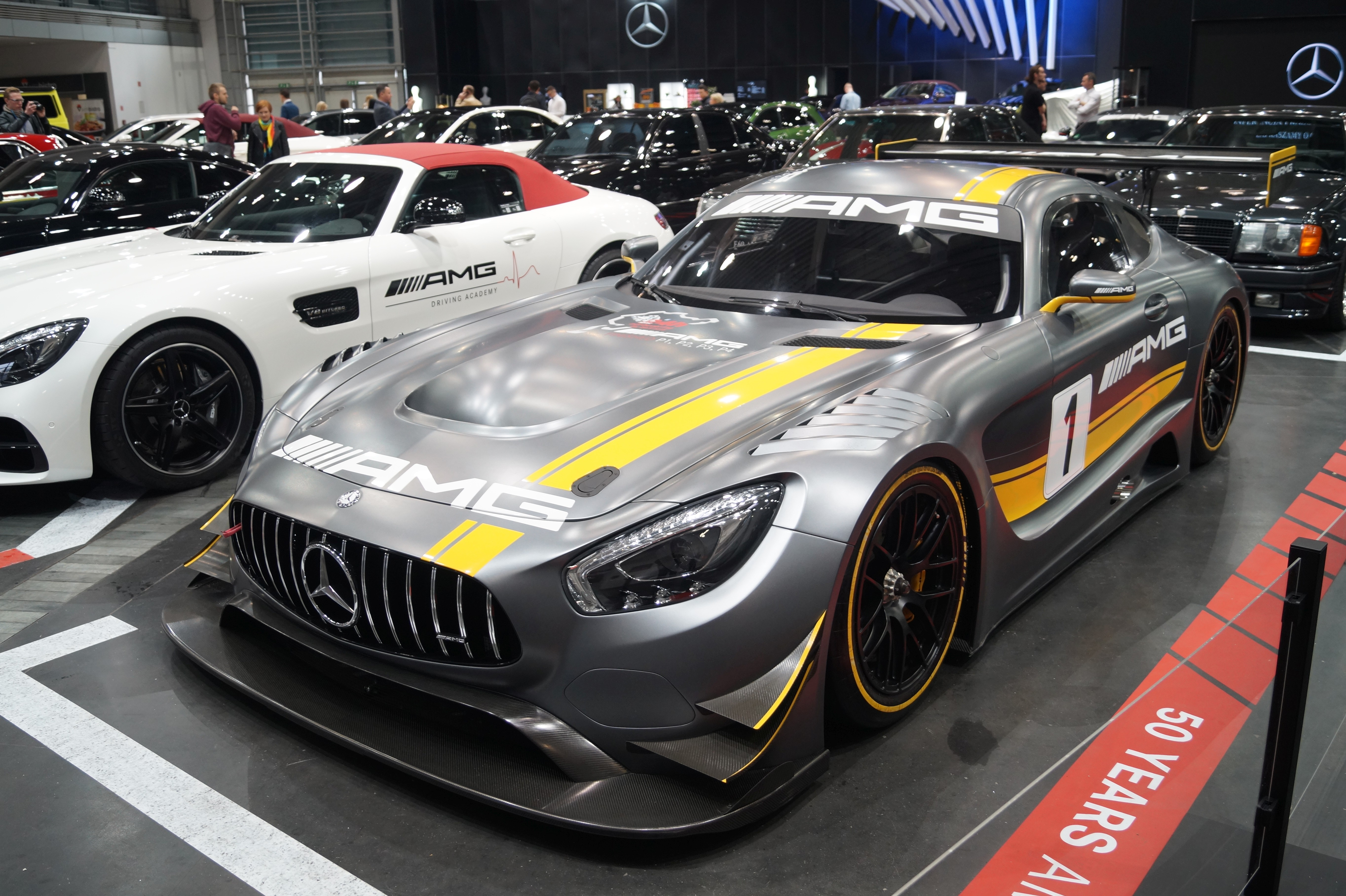 file mercedes amg gt3 lewy prz d msp17 jpg wikimedia commons. Black Bedroom Furniture Sets. Home Design Ideas