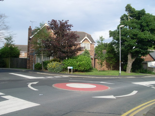 Mini-roundabout in Staining - geograph.org.uk - 1394614