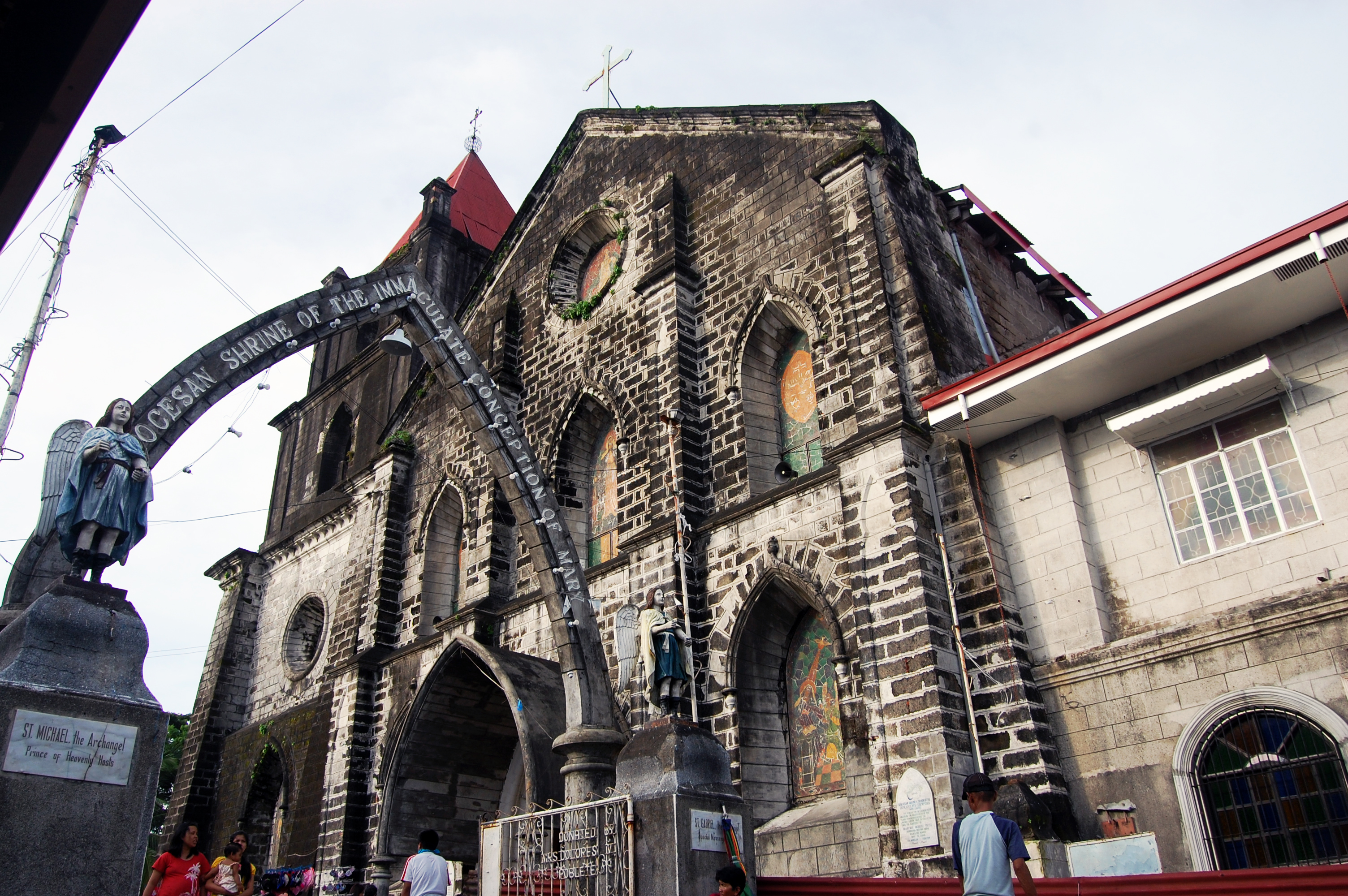 Look Up Number >> File:Naic Church, Cavite.jpg - Wikimedia Commons