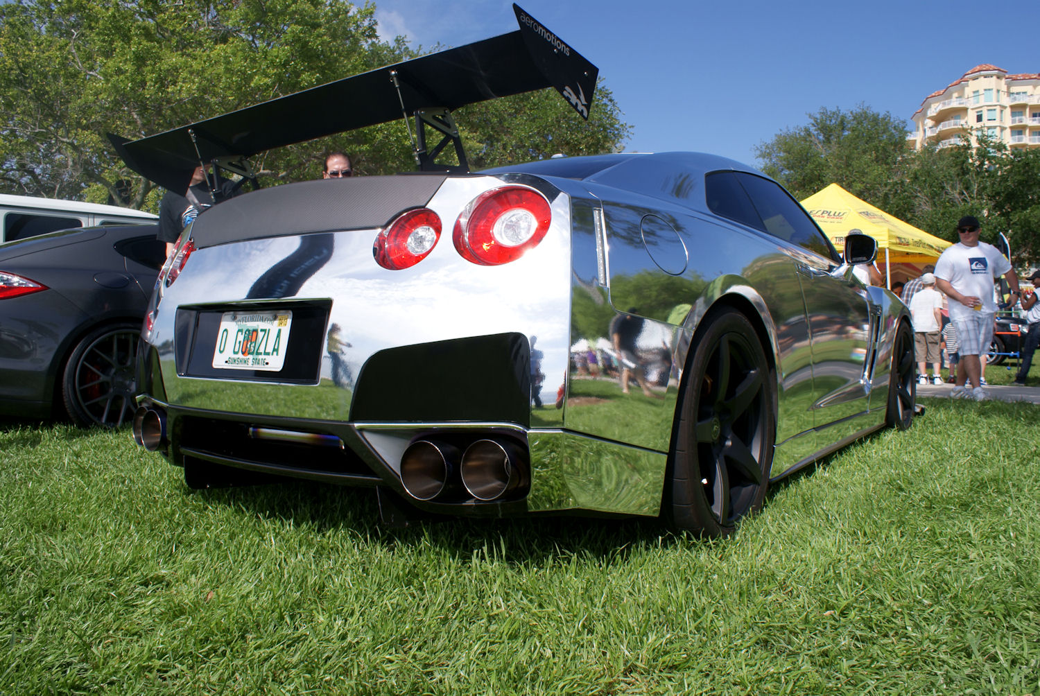 File Nissan Gtr R35 2010 Chrome Wrapped Rsiderear Low Fossp 7april2013 14400346730 Jpg Wikimedia Commons