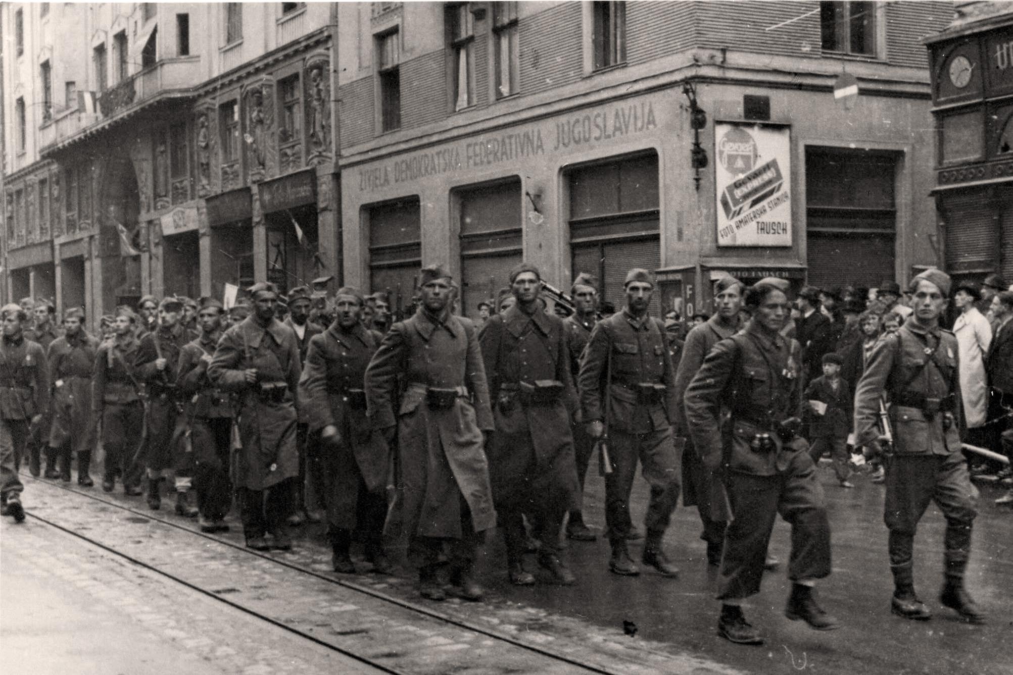 Risultati immagini per partigiani jugoslavi immagini