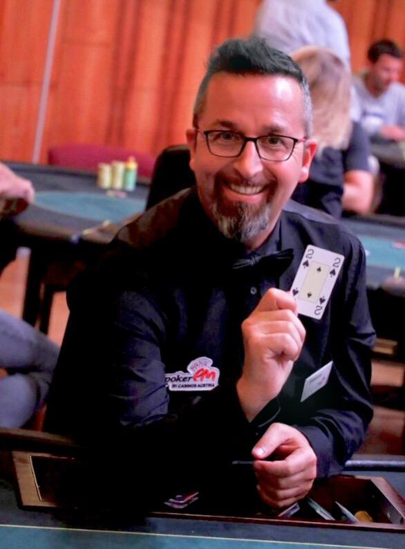 Poker_Dealer On The Internet Online Texas Hold'em: Relied On On-line Online Texas Hold'em Betting Webinternet Web Site