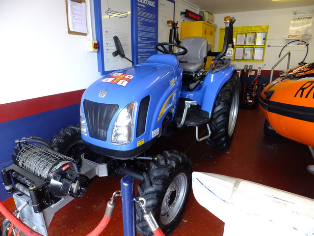 Rnli New Holland Tc45 Launch Tractor Wikipedia