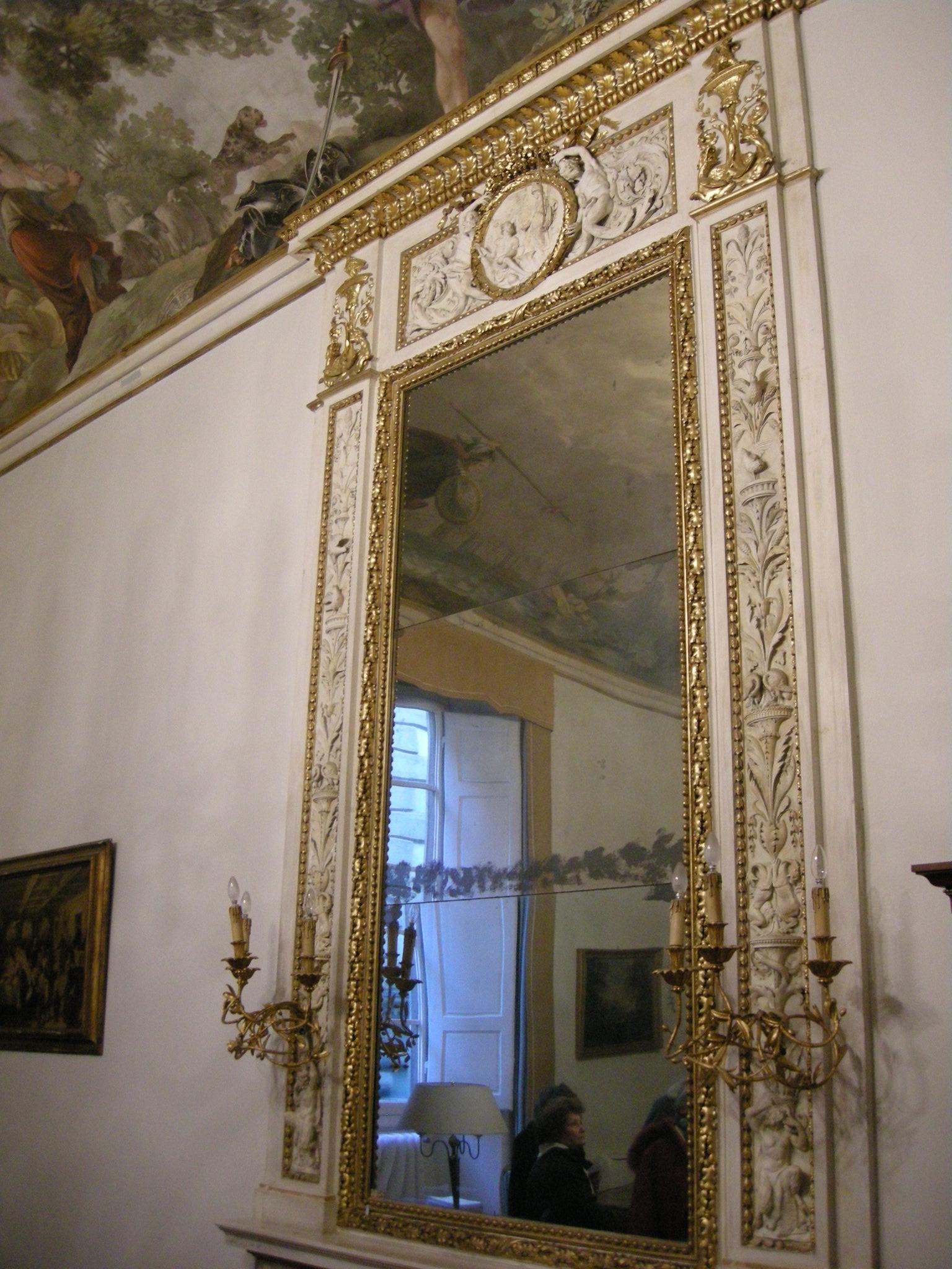 File sala dell 39 orlando furioso camino con specchiera 01 for Sala con camino