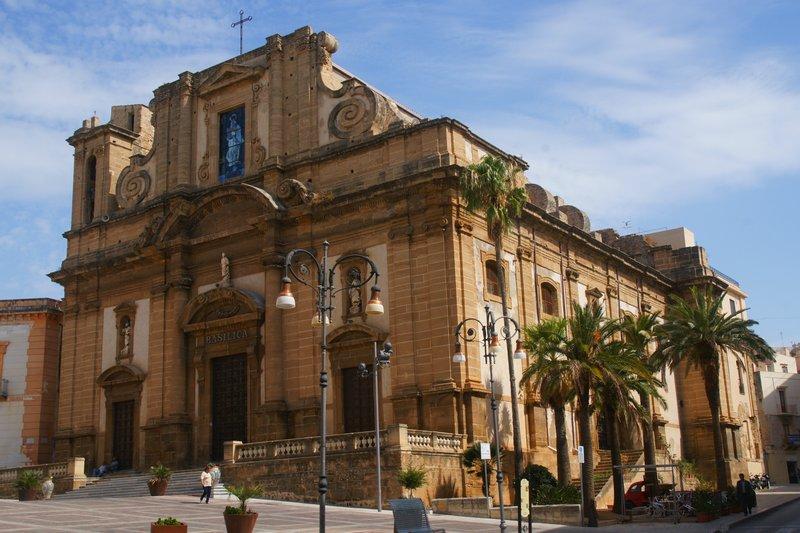 Sciacca-basilica-maria-ss-del-soccorso.JPG