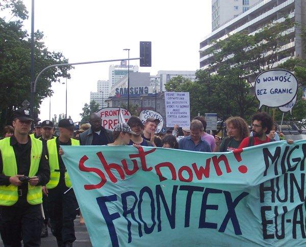 Shut Down FRONTEX Warsaw 2008 (2).jpg