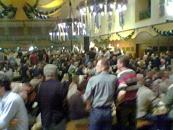 File:Starkbierfest Nockherberg Munich 2006-2.jpg