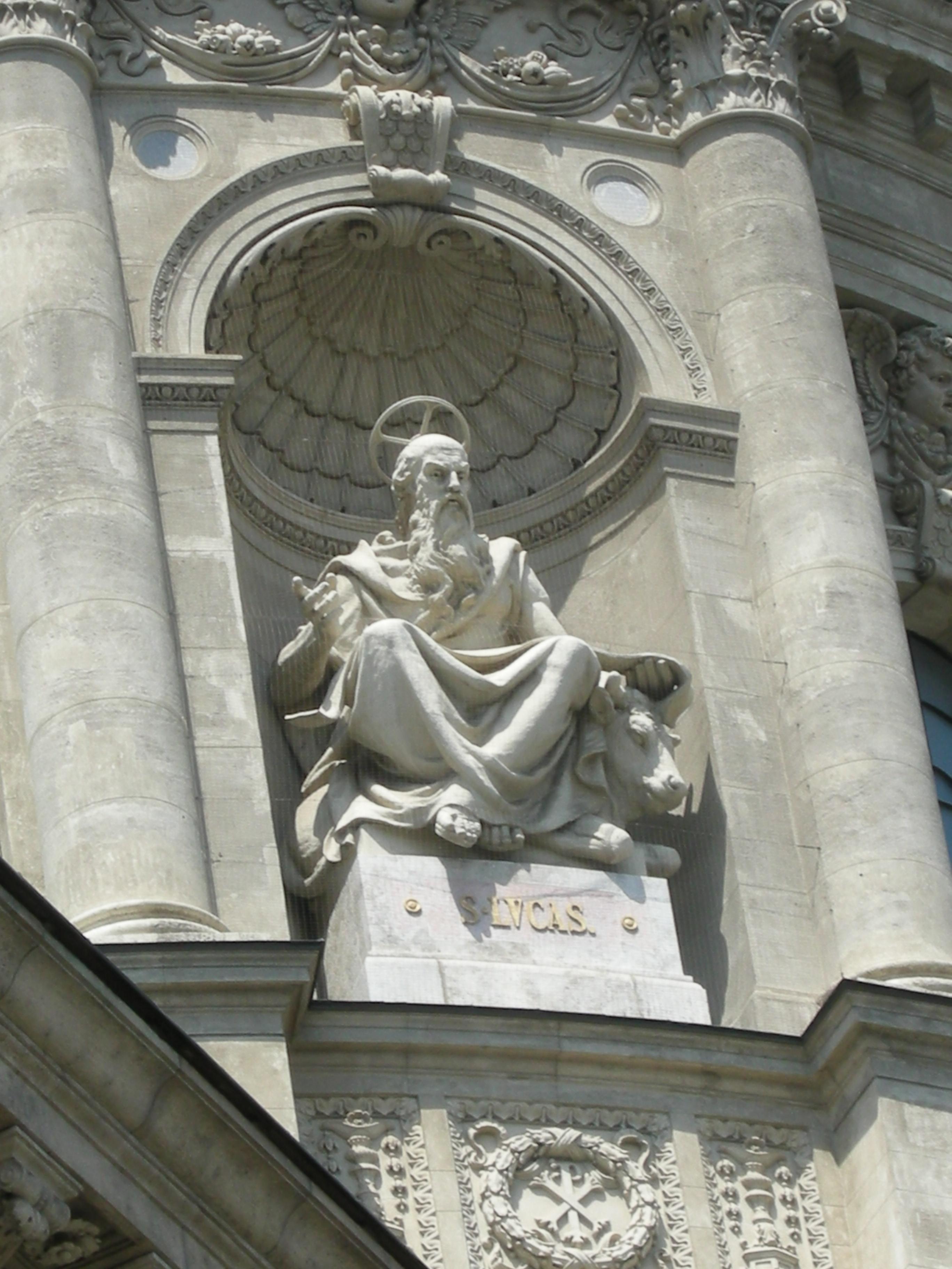 Statue of Luke the Evangelist, Saint Stephen's Basilica, BudapestDSCN3423.jpg